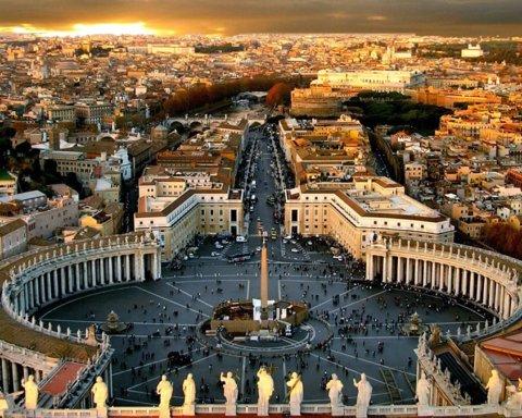 Ватикан відпустив гріхи хворим на COVID-19