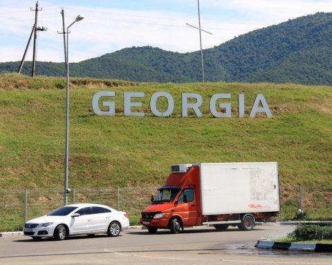 Грузія відмовила росіянам у проїзді через країну