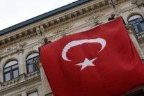 Українці застрягли в Туреччині: у посольстві зробили заяву