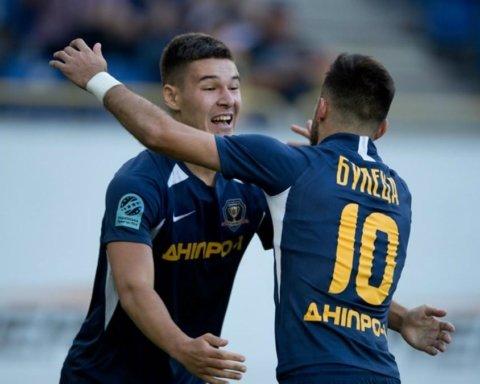 Днепр-1 разгромил Мариуполь: у приазовцев судья удалил троих футболистов