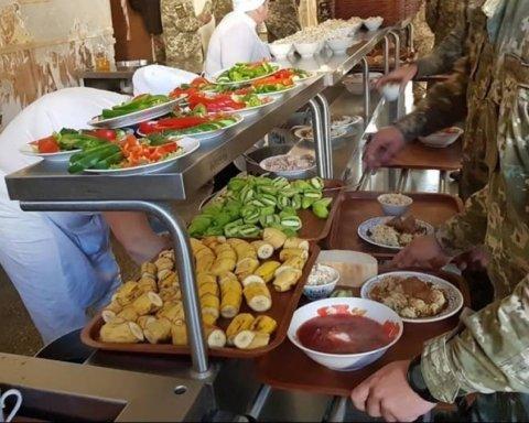 400 страв: стало відомо, як годують військових ЗСУ