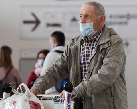 В Украине резко увеличилось количество заболевших коронавирусом