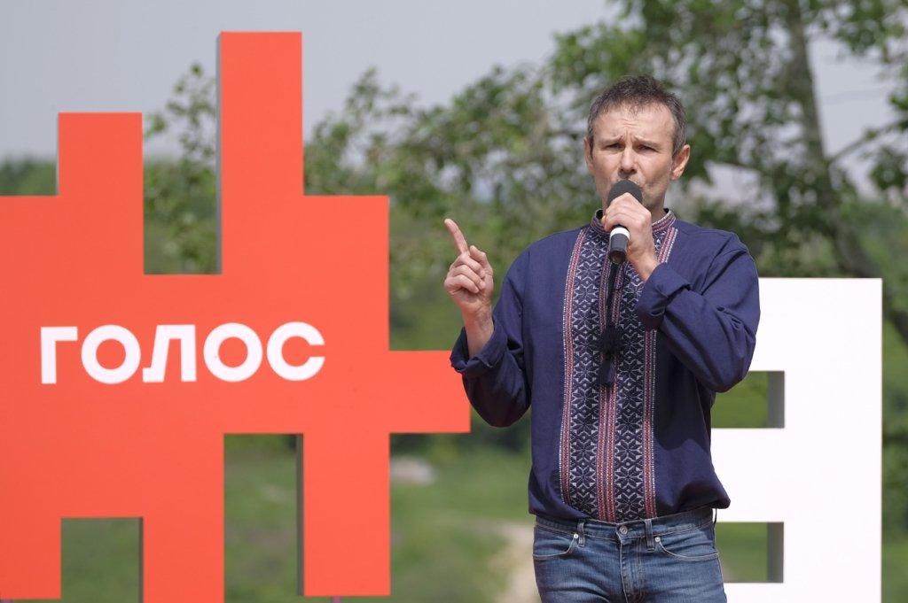 Вакарчук объяснил, почему больше не руководит «Голосом»