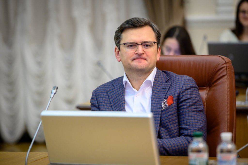 Закрытие границ в Украине: что делать украинцам, которые не успевают вернуться