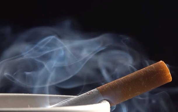 В Минздраве объяснили, как курение влияет на коронавирус