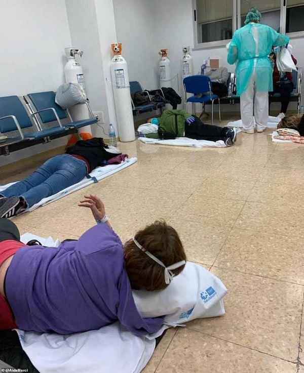 Больные валяются на полу: видео из испанской больницы шокировало сеть