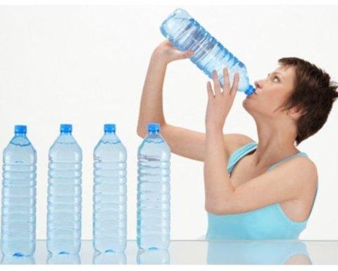 Как похудеть с помощью воды: простой и действенный совет