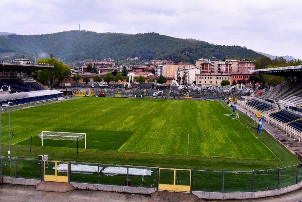 Чотири працівники італійської футбольної команди померли від коронавіруса