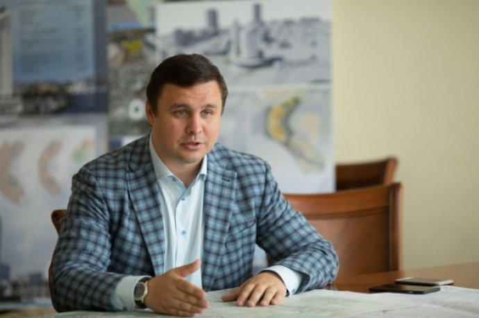 Микитась Максим Викторович: досье от А до Я