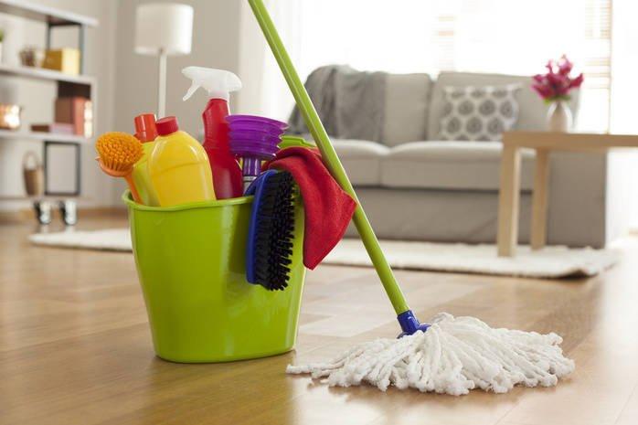 Як правильно прибирати квартиру під час карантину: дієві поради