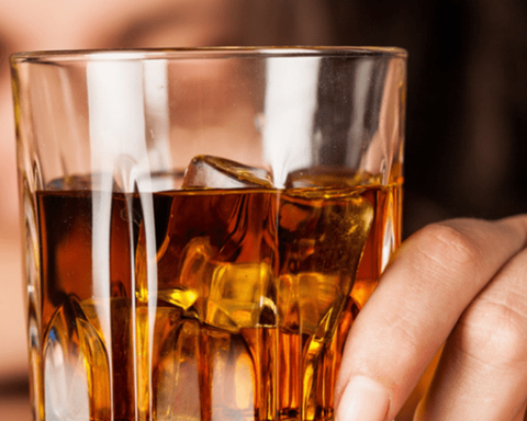 Как алкоголь влияет на коронавирус: ученые ошарашили заявлением