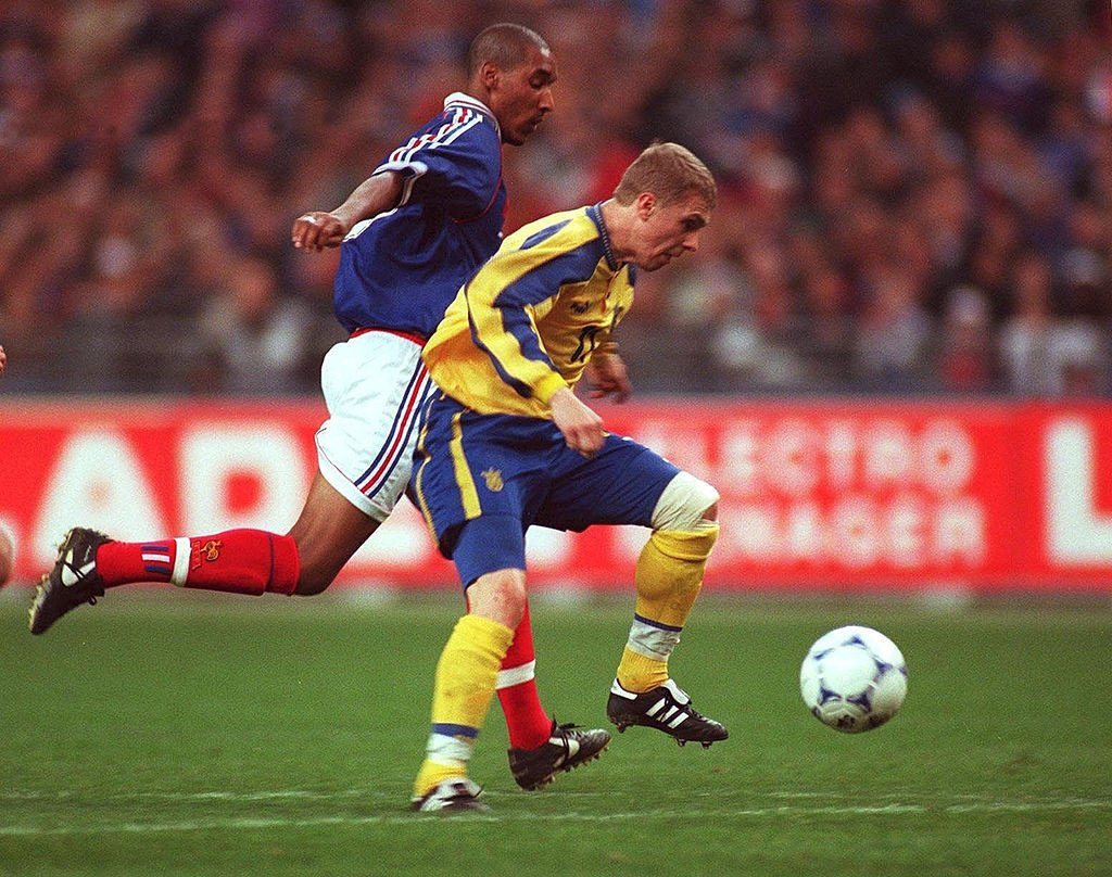Рівно 21 рік тому Франція і Україна зіграли знаменитий відбірковий матч до ЄВРО