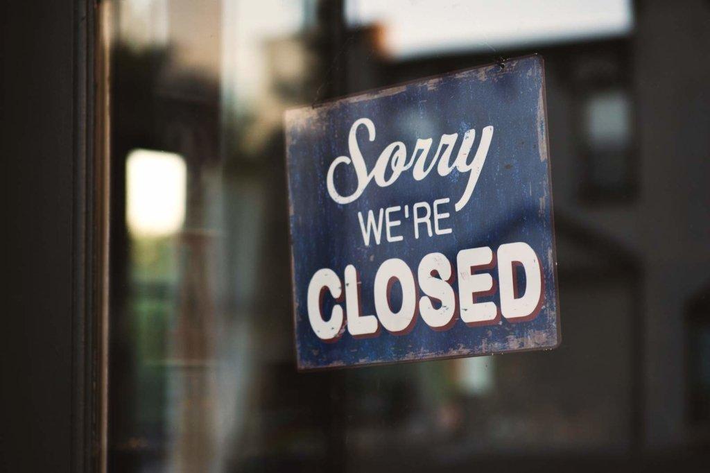У Києві дозволили працювати кафе та кінотеатрам після 22 години