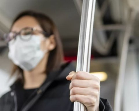 Как будут наказывать за нарушение карантина: Рада приняла жесткий закон из-за коронавируса