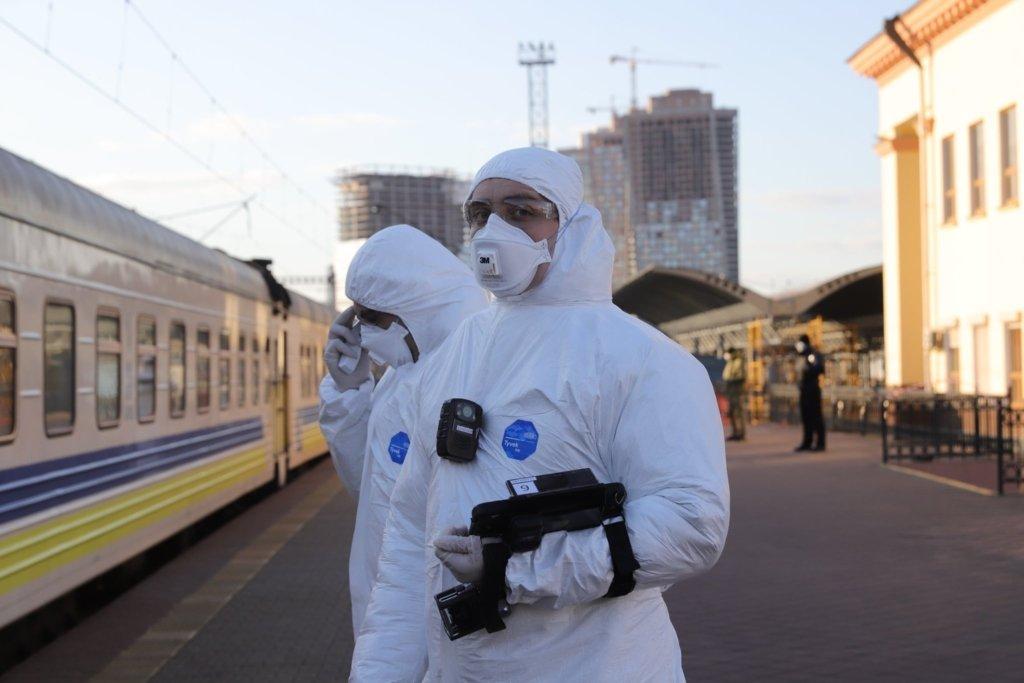 В Україні кількість інфікованих COVID-19 за добу зросла на 507 осіб