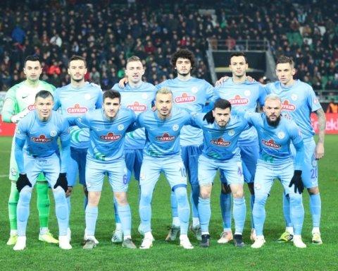 Українські футболісти підтримали турецьку армію у боротьбі з Росією