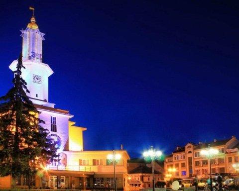 В Ивано-Франковске ввели тотальный карантин: что происходит в городе