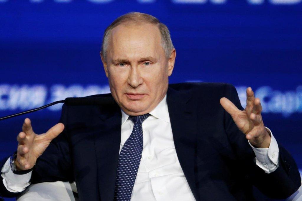Госдума хочет сделать Путина «вечным» президентом: о чем речь