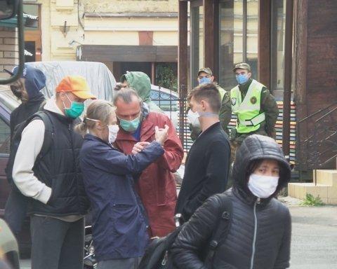 Эвакуированные из Бали украинцы объявили голодовку: все подробности
