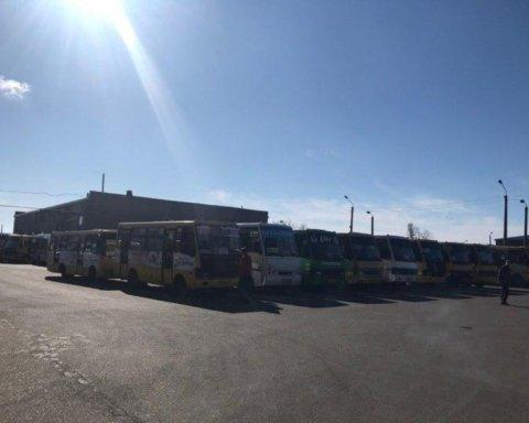 В Одессе из-за карантина маршрутки массово не вышли на линии: в городе коллапс