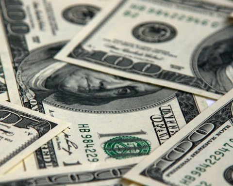 Крах гривны: названа честная причина обвала национальной валюты