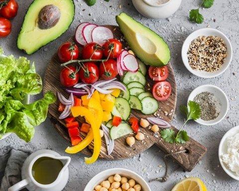 Похудеть навсегда: медики назвали диеты, после которых не возвращается лишний вес