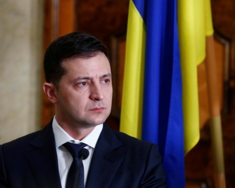 Зеленский ждал войны: о чем написал президент Украины в статье для New York Times