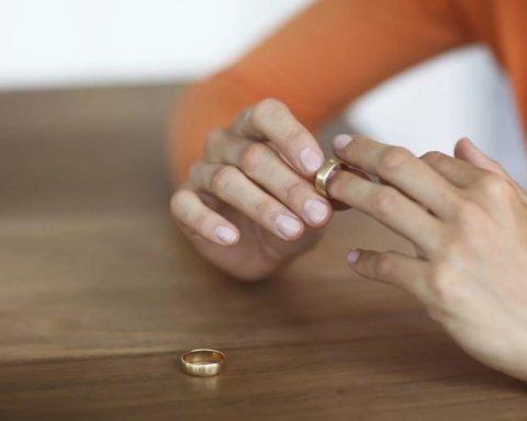 Знаменитый украинский футболист развелся с женой после 10 лет брака