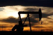 """Ціна на нафту почала стрімко зростати: скільки коштує """"чорне золото"""""""