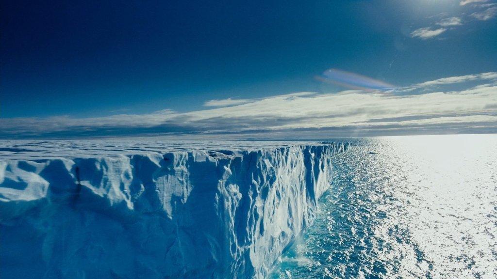 Над Арктикой впервые образовалась огромная озоновая дыра: что грозит людям