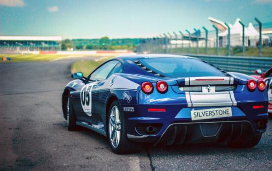 Фільми про автомобільні гонки