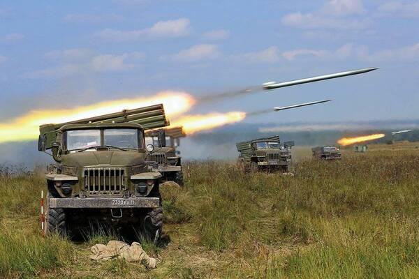 Росія стягує на Донбас смертоносну зброю: тривожні новини