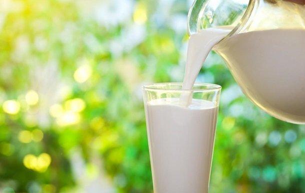 Чому і кому не можна пити молоко: Комаровський дав чітке пояснення