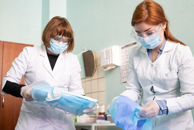 На Кіровоградщині COVID-19 підтвердили у 13 медиків