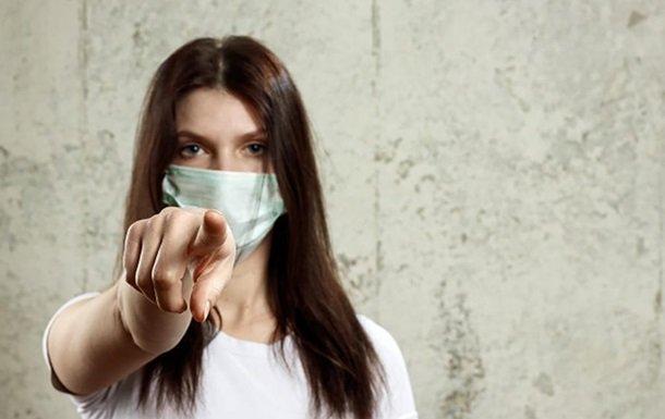 Яка маска захистить від коронавірусу: лікар дала чітку відповідь