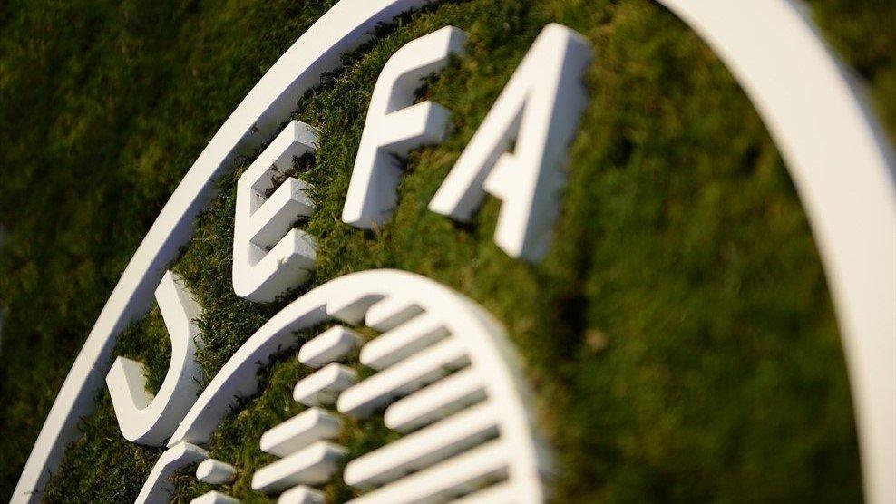 УЕФА обсуждает возможность доиграть еврокубковый сезон
