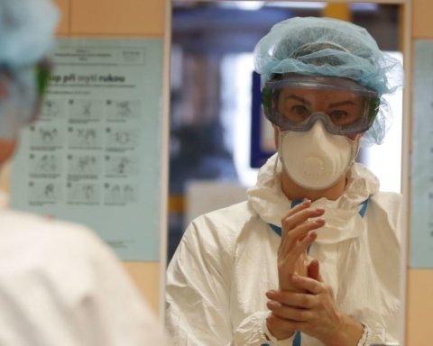 Не можем скрывать: на Прикарпатье объяснили наибольшее количество заражений коронавирусом