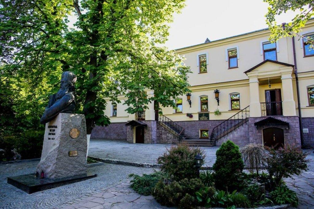 В духовній академії УПЦ МП трапився спалах коронавірусу: заражені десятки студентів