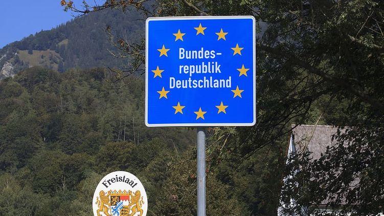 Коронавирус в мире: когда Европа откроет границы