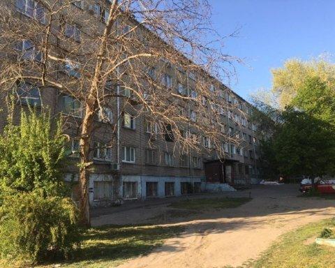 В Запорожье выявляют всех контактных лиц после обнаружения COVID-19 в общежитии