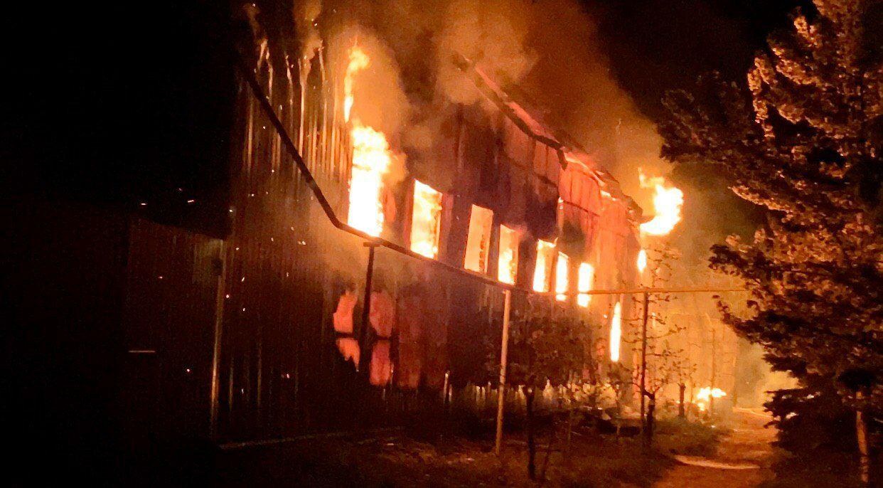 В Одессе подожгли мужской монастырь: все подробности и кадры с места ЧП