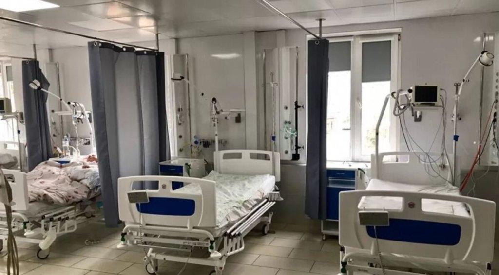 В Україні зменшилася завантаженість ліжок для хворих COVID-19