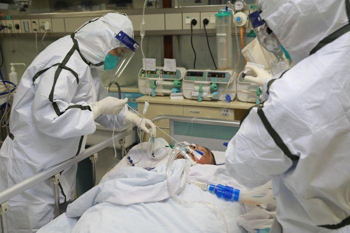 Почему на коронавирус не действуют лекарства: названа причина высокой смертности от COVID-19