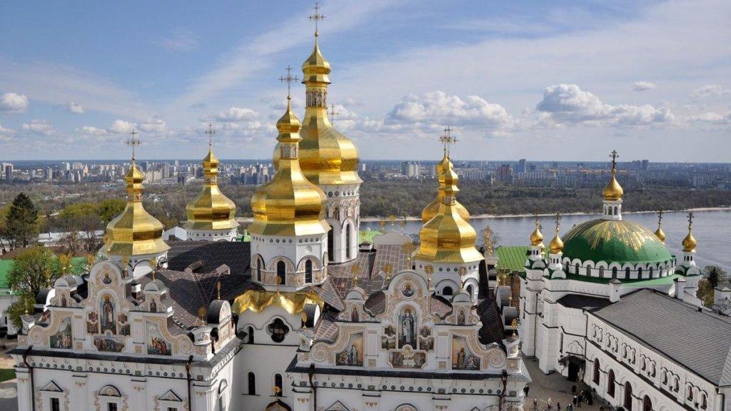 У Києво-Печерській лаврі різко зросла кількість інфікованих священиків