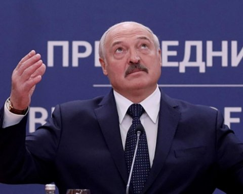 У Лукашенко обещают ввести санкции против украинских чиновников
