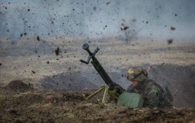 Бойовики вели обстріл по ділянці розведення, один український військовий загинув