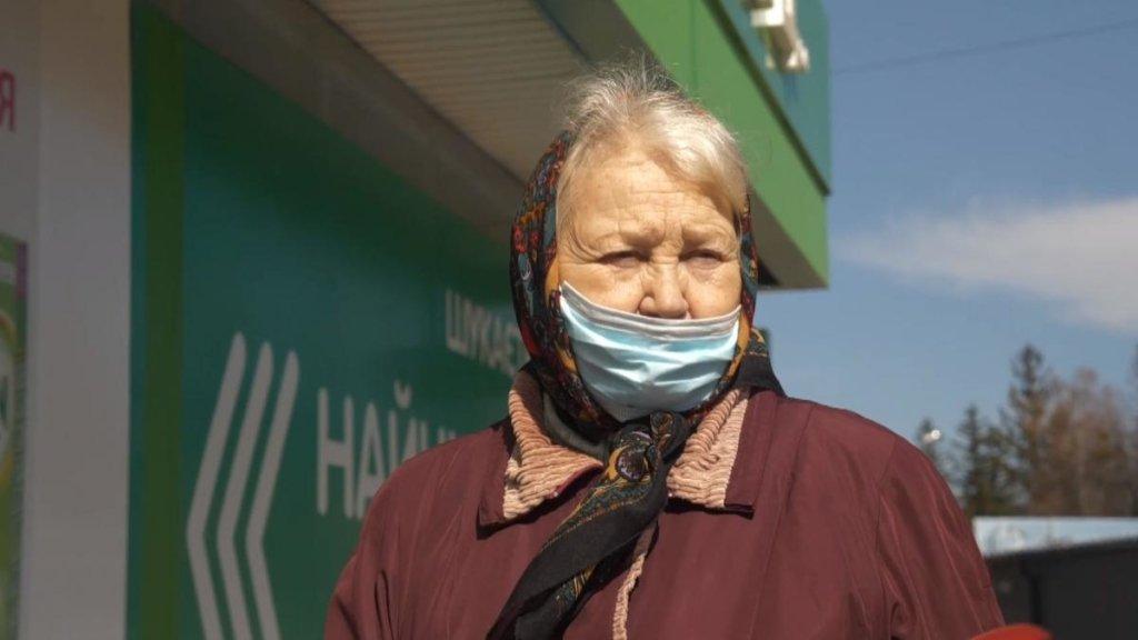 Пенсионерам запретили выходить из дома: Кабмин принял решение