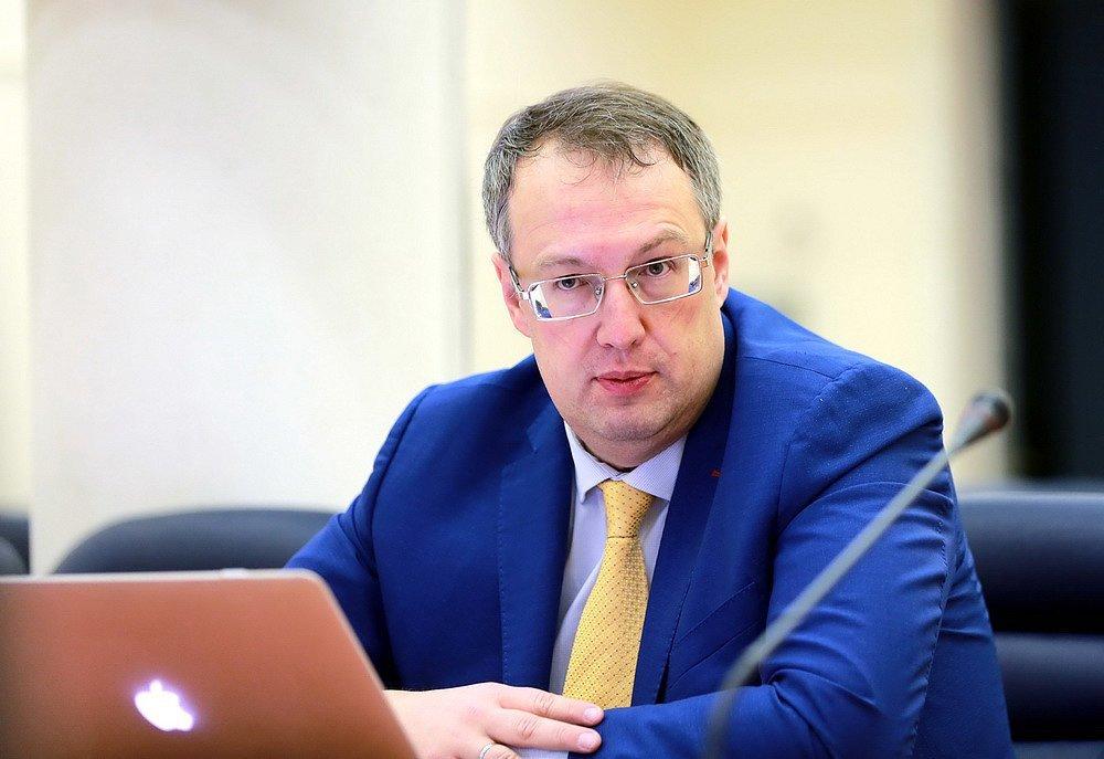 Закликали ігнорувати карантин: що відомо про спалах коронавірусу у монастирі Києва