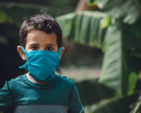 COVID-19 викликає параліч у дітей: тривожна заява вчених
