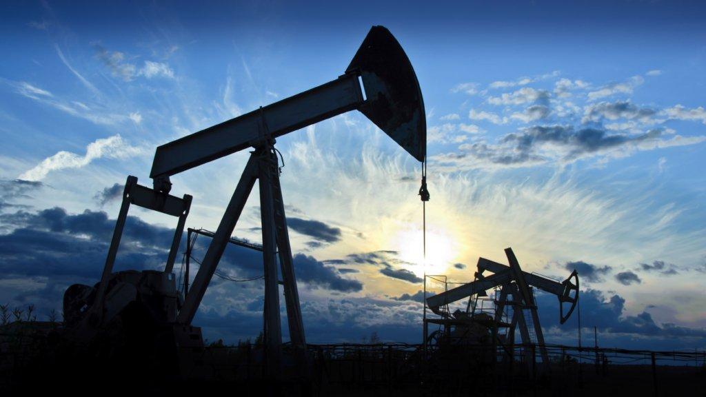 Такого не было 20 лет: российская нефть упала в цене до 10 долларов
